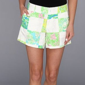 Lilly Pulitzer White Lioness Callahan Shorts